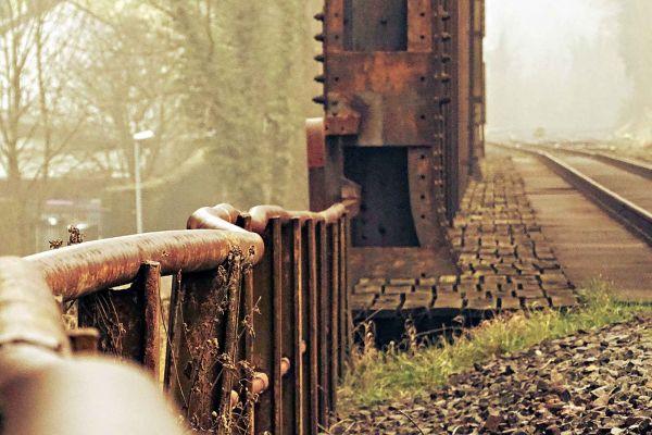 eisenbahnbruecke-der-einsamkeit2551DB3C-1986-3E3C-B27A-8DF739FB5350.jpg